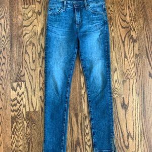 Size 25 AG blue jeans